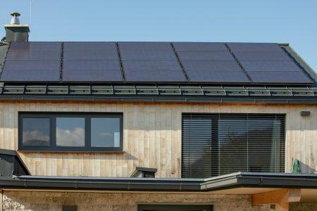Smart Home Salzburg Haus Photovoltaik Anlage