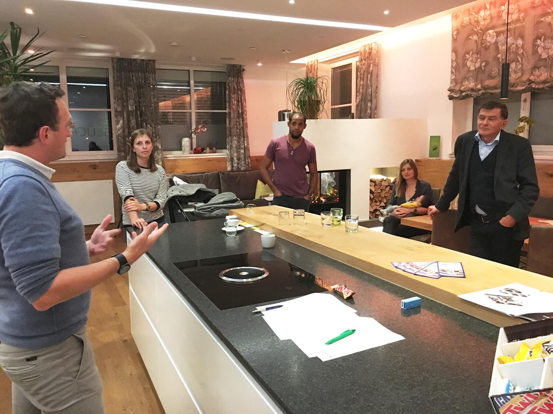 Loxone Smart Home Experience Tour im Schauraum Kuchl